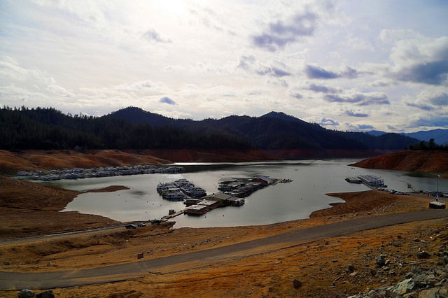 Lake Shasta in Northern California at a low point in 2014. By torrold, used under Creative Commons license.